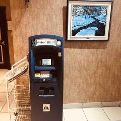 Отель Ramada Plaza by Wyndham Gatineau/Manoir du Casino Канада, Гатино - отзывы, цены и фото номеров - забронировать отель Ramada Plaza by Wyndham Gatineau/Manoir du Casino онлайн банкомат