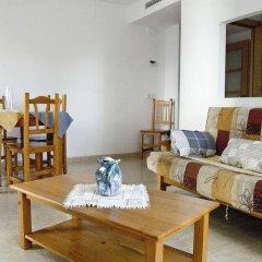 Отель Apartaments AR Eton Испания, Льорет-де-Мар - отзывы, цены и фото номеров - забронировать отель Apartaments AR Eton онлайн комната для гостей фото 4