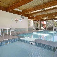 Отель Ramada Limited Calgary Northwest Канада, Калгари - отзывы, цены и фото номеров - забронировать отель Ramada Limited Calgary Northwest онлайн
