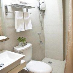 Отель Chalet Baguio Филиппины, Багуйо - отзывы, цены и фото номеров - забронировать отель Chalet Baguio онлайн ванная фото 2