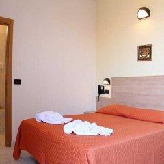 Hotel Globus комната для гостей