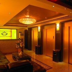 Phoenicia Hotel развлечения