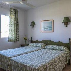 Отель Roc Cala'N Blanes Beach Club Испания, Кала-эн-Бланес - отзывы, цены и фото номеров - забронировать отель Roc Cala'N Blanes Beach Club онлайн комната для гостей