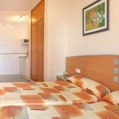 Отель Estudios RH Sol Испания, Пляж Леванте - отзывы, цены и фото номеров - забронировать отель Estudios RH Sol онлайн комната для гостей