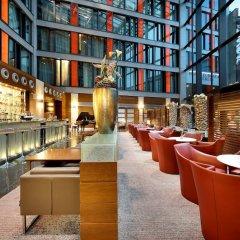 Отель Eurostars Berlin гостиничный бар фото 3