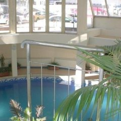Отель Snezhanka Apartments TMF Болгария, Пампорово - отзывы, цены и фото номеров - забронировать отель Snezhanka Apartments TMF онлайн бассейн фото 2