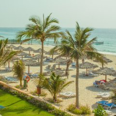 Отель Lou Lou'a Beach Resort ОАЭ, Шарджа - 7 отзывов об отеле, цены и фото номеров - забронировать отель Lou Lou'a Beach Resort онлайн пляж фото 2