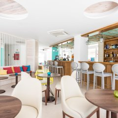 Отель Plaza Santa Ponsa гостиничный бар