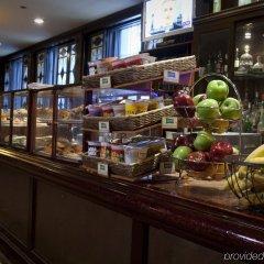 Отель The Roosevelt Hotel, New York City США, Нью-Йорк - 9 отзывов об отеле, цены и фото номеров - забронировать отель The Roosevelt Hotel, New York City онлайн гостиничный бар