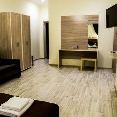 Мини-Отель City Life 2* Стандартный номер с двуспальной кроватью фото 19