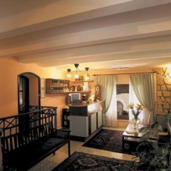 Отель Domus Mariae Albergo Италия, Сиракуза - отзывы, цены и фото номеров - забронировать отель Domus Mariae Albergo онлайн гостиничный бар