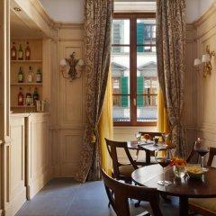 FH55 Hotel Calzaiuoli в номере