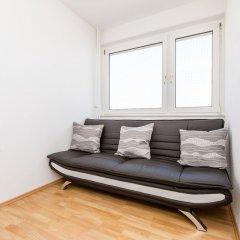 Апартаменты Apartment Deutz Кёльн комната для гостей фото 3