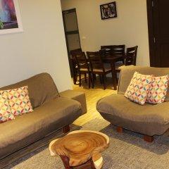 Апартаменты Greystone Apartments 01 комната для гостей фото 5