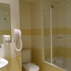 Отель Hôtel Régence Франция, Ницца - отзывы, цены и фото номеров - забронировать отель Hôtel Régence онлайн ванная