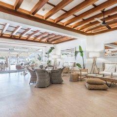 Отель FERGUS Style Soller Beach интерьер отеля