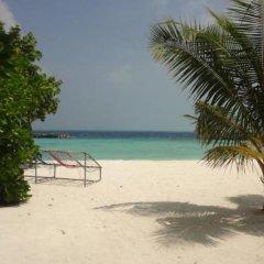 Отель Variety Stay Guesthouse Мальдивы, Северный атолл Мале - отзывы, цены и фото номеров - забронировать отель Variety Stay Guesthouse онлайн пляж фото 2