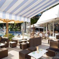 Отель Novotel Cannes Montfleury Франция, Канны - отзывы, цены и фото номеров - забронировать отель Novotel Cannes Montfleury онлайн бассейн фото 2