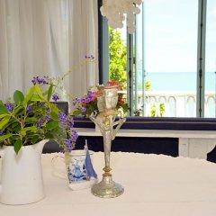 Отель Two Pieces Resort Pranburi