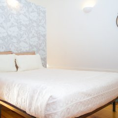 Апартаменты Liiiving In Porto - Bolhão Market Apartment Порту комната для гостей фото 4