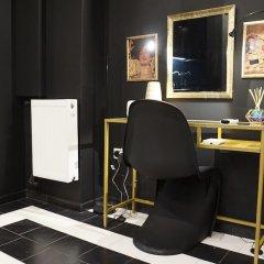 Апартаменты Exclusive Design Studio with Yard Афины удобства в номере