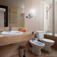 Отель NH Barcelona Les Corts Испания, Барселона - 1 отзыв об отеле, цены и фото номеров - забронировать отель NH Barcelona Les Corts онлайн ванная