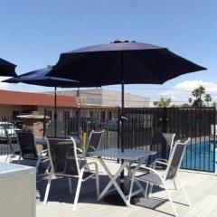 Отель Desert Hills Motel США, Лас-Вегас - отзывы, цены и фото номеров - забронировать отель Desert Hills Motel онлайн бассейн фото 3