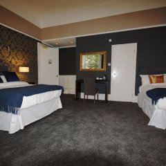 Отель The Alfred Глазго сейф в номере