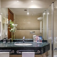 Отель Occidental Granada ванная