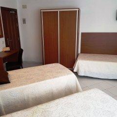 Отель Sant March комната для гостей фото 3