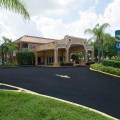 Отель Quality Inn Sarasota North парковка