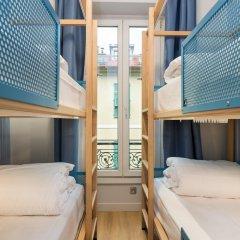Отель Hôtel OZZ By Happyculture 2* Кровать в общем номере с двухъярусной кроватью