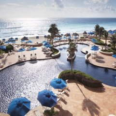 Отель The Ritz-Carlton Cancun пляж