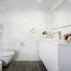 Sweet Inn Apartments - Molcho Street Израиль, Иерусалим - отзывы, цены и фото номеров - забронировать отель Sweet Inn Apartments - Molcho Street онлайн ванная фото 2