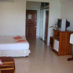 Отель Baan Karon Hill Phuket Resort комната для гостей фото 5