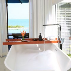 Отель Celes Beachfront Resort Самуи удобства в номере фото 2