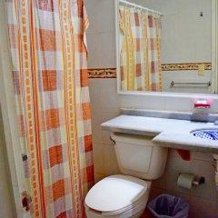 Hotel Corona Zihua Сиуатанехо ванная