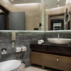 DoubleTree by Hilton Hotel Istanbul - Piyalepasa ванная