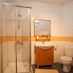 Отель Ericeira Surf Camp ванная
