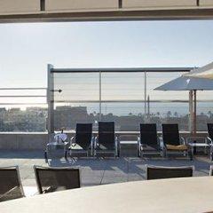 Отель ILUNION Barcelona пляж фото 2
