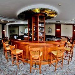Maison Hotel гостиничный бар