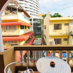 Отель Jomtien Beach Pool House балкон