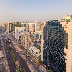 Отель Crowne Plaza Abu Dhabi ОАЭ, Абу-Даби - отзывы, цены и фото номеров - забронировать отель Crowne Plaza Abu Dhabi онлайн балкон