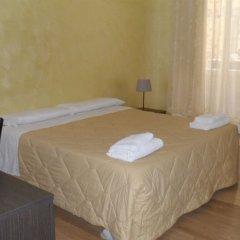 Отель Evans Guesthouse комната для гостей фото 4