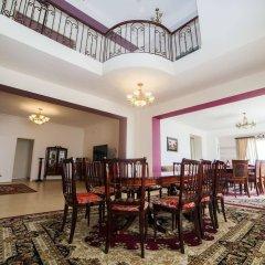 Отель Cross Sevan Villa Армения, Севан - отзывы, цены и фото номеров - забронировать отель Cross Sevan Villa онлайн помещение для мероприятий