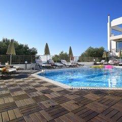 Отель Bella Vista Apartments Греция, Херсониссос - отзывы, цены и фото номеров - забронировать отель Bella Vista Apartments онлайн бассейн фото 3