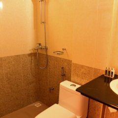 Отель Meitian Inn Мальдивы, Мале - отзывы, цены и фото номеров - забронировать отель Meitian Inn онлайн ванная