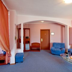 Гостиница Гостиничный Комплекс Эмеральд в Тольятти 4 отзыва об отеле, цены и фото номеров - забронировать гостиницу Гостиничный Комплекс Эмеральд онлайн спа фото 2