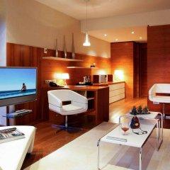 Отель Pullman Barcelona Skipper в номере