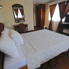 Vacation Hotel Cebu сейф в номере